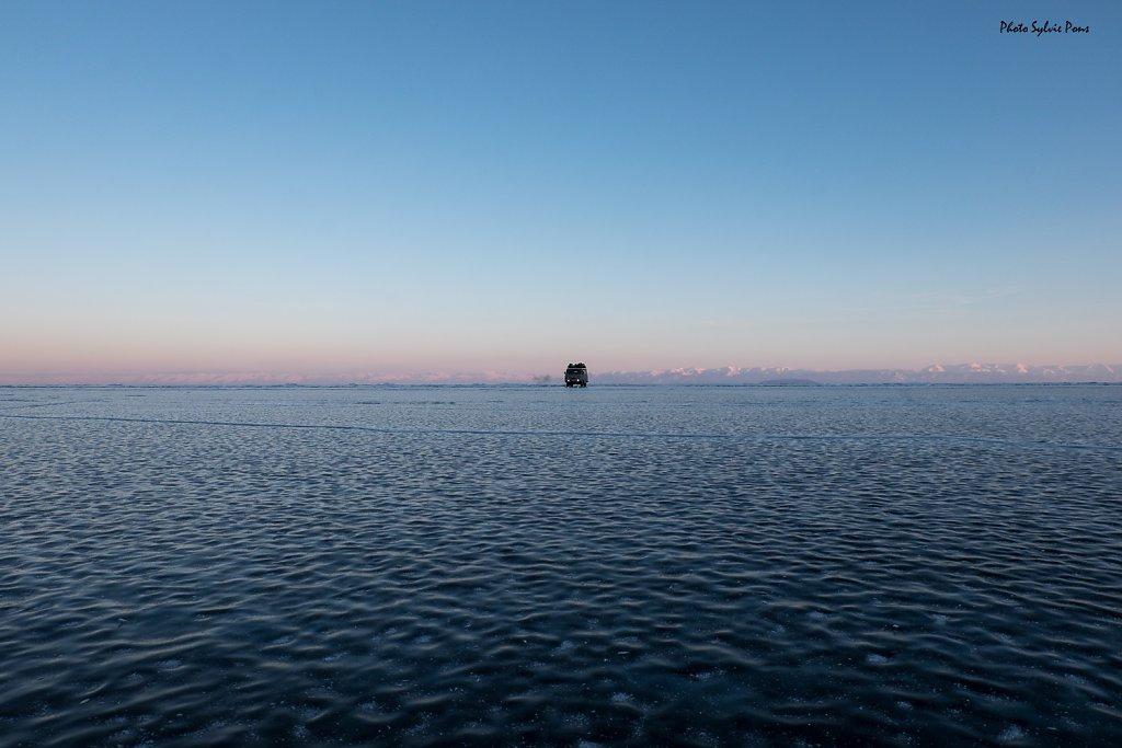 Baikal-2019-serie-bleue-SPons-6.jpg